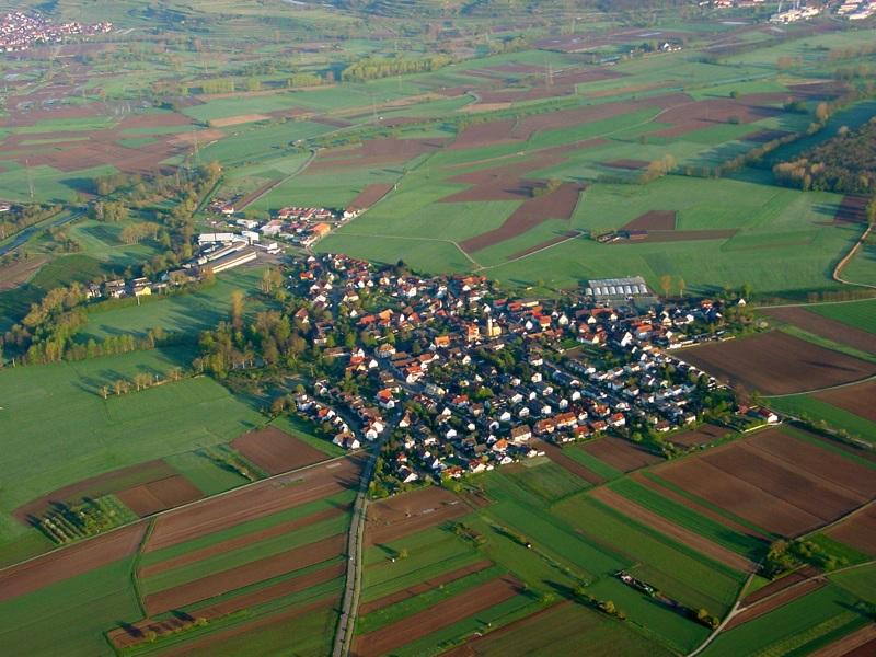 Luftbild von March-Neuershausen