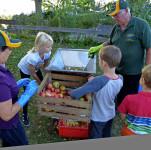 2017-10-26 Apfelsaft pressen und basteln