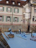 13.4.2007 Die Bodenisolierung wird verlegt