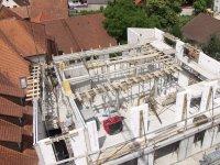 Vorbereitungsarbeiten für die letzte Decke im Dachgeschoss