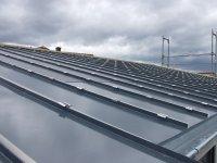 Solarunterkonstruktionsplatten auf demPultdach
