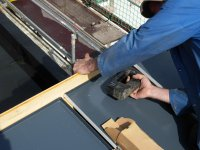 Anbringen der Unterkonstruktion für die Solarmodule