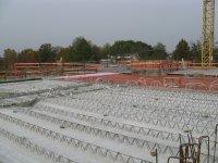 Obergeschossdecke mit verlegten Betonplatten
