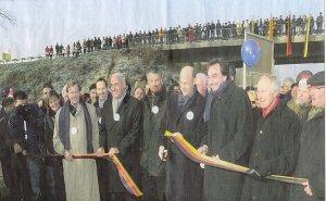 Regierungspräsident Dr. von Unger-Sternberg und Bürgermeister Laub bei der feierlichen Eröffnung