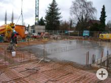 Betonierarbeiten an der Bodenplatte