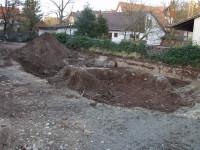 Aushub des Fundaments der alten Schultoilette